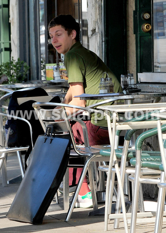 **ALL ROUND EXCLUSIVE PICTURES FROM SOLARPIX.COM**                                             **SYNDICATION RIGHTS FOR UK AND SPAIN ONLY**                                                                                  Caption:  Scott Pilgrim star actor Michael Cera, having lunch in loz Feliz, Los Angeles, USA. 17 November 2010                                                                              This pic: Michael Cera                                                                                             JOB REF: 12493 STL       DATE: 17_11_2010                                                           **MUST CREDIT SOLARPIX.COM OR DOUBLE FEE WILL BE CHARGED**                                                                      **MUST AGREE FEE BEFORE ONLINE USAGE**                               **CALL US ON: +34 952 811 768 or LOW RATE FROM UK 0844 617 7637**