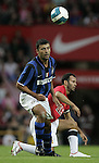 Manchester United's Ryan loses out to Inter Milan's Walter Samuel. Pic SPORTIMAGE/Dave Thompson..Pre-Season Friendly..Manchester United v Internazionale..1st August, 2007..--------------------..Sportimage +44 7980659747..admin@sportimage.co.uk..http://www.sportimage.co.uk/