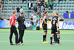 The Hague, Netherlands, June 08: Discussions after the field hockey group match (Men - Group B) between the Black Sticks of New Zealand and Germany on June 8, 2014 during the World Cup 2014 at Kyocera Stadium in The Hague, Netherlands.  Final score 3-5 (1-3) (Photo by Dirk Markgraf / www.265-images.com) *** Local caption *** Head coach Colin Batch of New Zealand, Dean Couzins #8 of New Zealand, Alex Shaw #19 of New Zealand