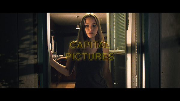 JENNIFER LAWRENCE.in House at the End of the Street (2012).*Filmstill - Editorial Use Only*.CAP/NFS.Supplied by Capital Pictures.