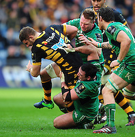Thomas Young of Wasps takes on the Connacht defence. European Rugby Champions Cup match, between Wasps and Connacht Rugby on December 11, 2016 at the Ricoh Arena in Coventry, England. Photo by: Patrick Khachfe / JMP