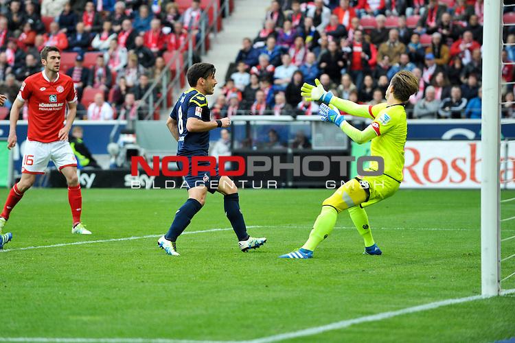 17.04.2016, Coface-Arena, Mainz, GER, 1. FBL, 1. FSV Mainz 05 vs. 1. FC Koeln, im Bild: Milos Jojic (#8, 1. FC Koeln) trifft zum 2:2, Leon Balogun (#3, FSV Mainz) gegen Loris Karius (#1, FSV Mainz)<br /> <br /> Foto &copy; nordphoto / Fabisch