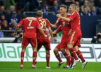FUSSBALL   1. BUNDESLIGA   SAISON 2011/2012    6. SPIELTAG FC Schalke 04 - FC Bayern Muenchen                       18.09.2011 Jubel nach dem 0:1: Franck RIBERY, Toni KROOS, Torschuetze Nils PETERSEN und Bastian SCHWEINSTEIGER (v.l., alle Bayern)