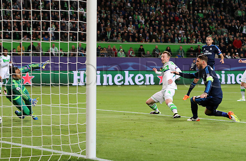 06.04.2016. Wolfsburg, Geramny. UEFA Champions League quarterfinal. VfL Wolfsburg versus Real Madrid.  Maximilian Arnold scores for 2:0 past Sergio Ramos and keeper Keylor Navas