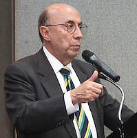 .ATENCAO EDITOR: FOTO EMBARGADA PARA VEICULO INTERNACIONAL - SAO PAULO, SP, 10 DEZEMBRO 2012 - PALESTRA HENRIQUE MEIRELLES NA ASSOCIACAO COMERCIAL DE SP-  O ex presidente do Banco Central do Brasil Henrique Meirelles faz uma palestra na reuniao do Conselho Politico e Social da Associacao Comercial de Sao Paulo em sua sede na Se regiao central da cidade nessa segunda, 10. (FOTO: LEVY RIBEIRO / BRAZIL PHOTO PRESS)..