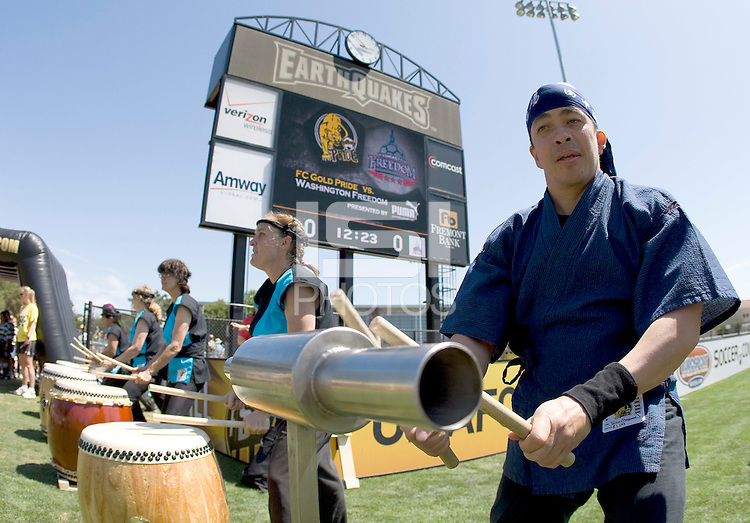 01 August 2009:  Taiko drummers perform before the game between FC Gold Pride and Washington Freedom at Buck Shaw Stadium in Santa Clara, California.   FC Gold Pride defeated Washington Freedom, 3-2.