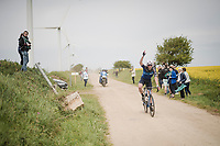 racing over the Breton gravel roads with a deflating tire is no fun...<br /> <br /> 36th TRO BRO LEON 2019 (FRA)<br /> One day race from Plouguerneau to Lannilis (205km)<br /> <br /> ©kramon