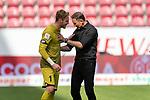 Florian Müller / Florian Mueller (FSV Mainz 05 #01), Achim Beierlorzer (Trainer 1. FSV Mainz 05)<br /> <br /> <br /> Sport: nphgm001: Fussball: 1. Bundesliga: Saison 19/20: 33. Spieltag: 1. FSV Mainz 05 vs SV Werder Bremen 20.06.2020<br /> <br /> Foto: gumzmedia/nordphoto/POOL <br /> <br /> DFL regulations prohibit any use of photographs as image sequences and/or quasi-video.<br /> EDITORIAL USE ONLY<br /> National and international News-Agencies OUT.