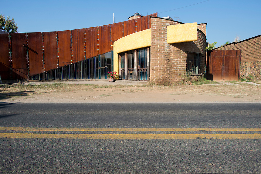 Vernacular architecture. Drive by series from San Jose de los Laureles Tlayacapan, to Mexico City.