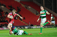 Scarlets' Aled Davies evades the tackle of Benetton Treviso's Angelo Esposito<br /> <br /> Photographer Ashley Crowden/CameraSport<br /> <br /> Guinness PRO12 Round 19 - Scarlets v Benetton Treviso - Saturday 8th April 2017 - Parc y Scarlets - Llanelli, Wales<br /> <br /> World Copyright &copy; 2017 CameraSport. All rights reserved. 43 Linden Ave. Countesthorpe. Leicester. England. LE8 5PG - Tel: +44 (0) 116 277 4147 - admin@camerasport.com - www.camerasport.com
