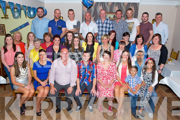 Declan Myers (centre) from Farranfore celebrated his 30th birthday surrounded by friends and family in Old Killarney Inn last Saturday night.
