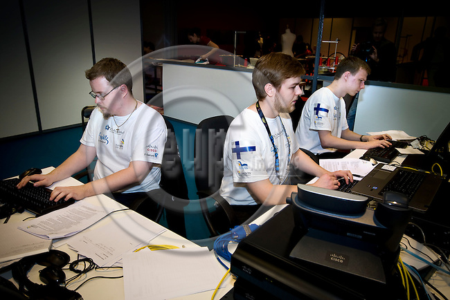 Lille - France- 02 October 2014 --  Euroskills 2014 competition. -- Team Finland - Niklas Lindgren (vas.), Pekka Tuukkanen and Ville Vuorinen (ri) , laji 39: ICT-asiantuntija / Enterprise ICT Team Challenge. -- PHOTO: SkillsFinland / Juha ROININEN - EUP-IMAGES