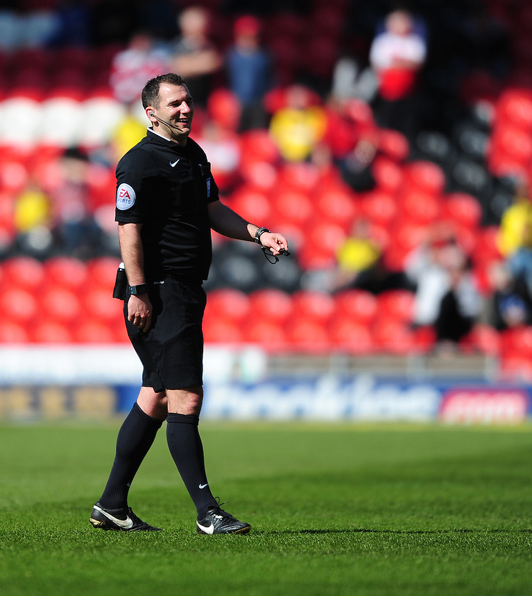 Referee Tim Robinson<br /> <br /> Photographer Chris Vaughan/CameraSport<br /> <br /> Football - The Football League Sky Bet League One - Doncaster Rovers v Fleetwood Town - Saturday 18th April 2015 - Keepmoat Stadium - Doncaster<br /> <br /> &copy; CameraSport - 43 Linden Ave. Countesthorpe. Leicester. England. LE8 5PG - Tel: +44 (0) 116 277 4147 - admin@camerasport.com - www.camerasport.com