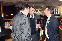 Heribert Bruchhagen (Eintracht Frankfurt) mit Klaus und Thomas Allofs