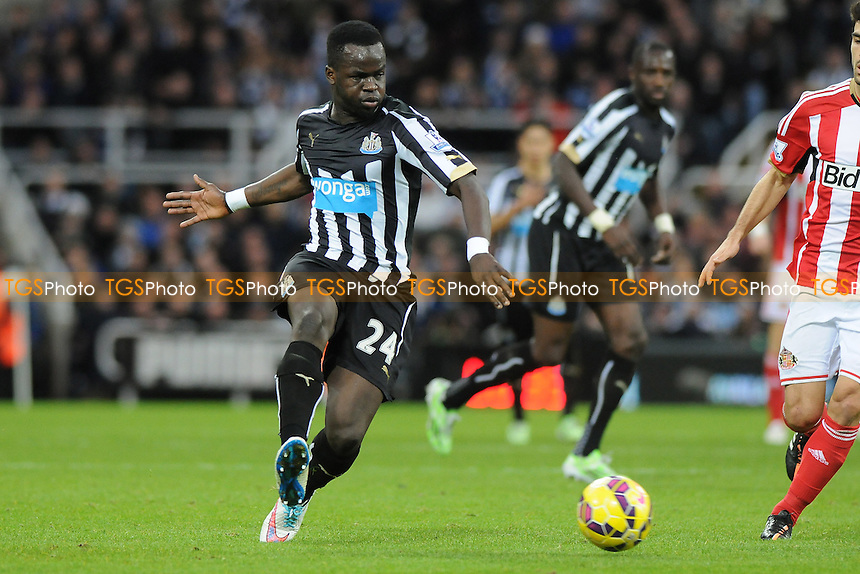 Cheik Tioté of Newcastle United - Newcastle United vs Sunderland AFC - Barclays Premier League Football at St James Park, Newcastle upon Tyne - 21/12/14 - MANDATORY CREDIT: Steven White/TGSPHOTO - Self billing applies where appropriate - contact@tgsphoto.co.uk - NO UNPAID USE