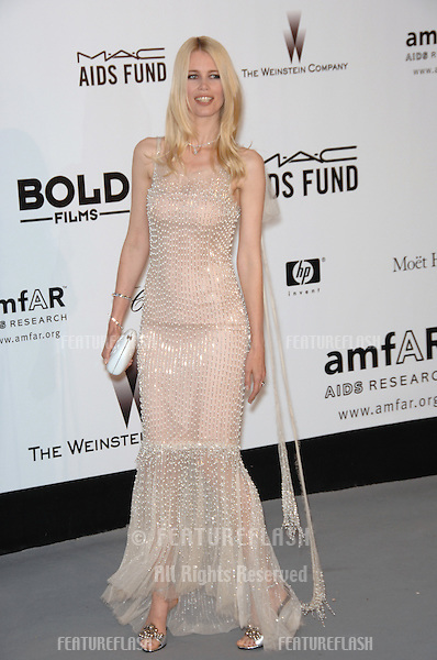 Claudia Schiffer at amfAR's Cinema Against AIDS 2007 Gala at Le Moulin de Mougins restaurant just outside Cannes. .May 23, 2007  Cannes, France..© 2007 Paul Smith / Featureflash