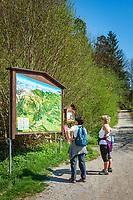 Austria, Tyrol, Kramsach: hiking map at Kramsach Lake-Land | Oesterreich, Tirol, Wanderdorf Kramsach: Wanderwegweiser durch das Kramsacher Seenland