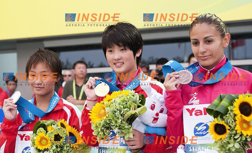Shanghai ,  (CHN) 16-31 July 2001.XIV FINA Swimming World Championships.day 06.Women 10m Platform.Final.CHEN Ruolin Gold Medal.HU Yadan Silver Medal.ESPINOSA Paola Bronze Medal..Photo Insidefoto / Giorgio Scala