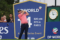 Tyrrell Hatton (ENG) on the 14th tee during the 1st round of the DP World Tour Championship, Jumeirah Golf Estates, Dubai, United Arab Emirates. 21/11/2019<br /> Picture: Golffile | Fran Caffrey<br /> <br /> <br /> All photo usage must carry mandatory copyright credit (© Golffile | Fran Caffrey)