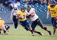 November 12th, 2011:  C.J. Moncrease of California runs the ball down the feild during a game against Oregon State at AT&T Park in San Francisco, Ca  -  California defeated Oregon State  23 - 6