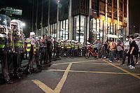SAO PAULO, SP, 07.09.2013 - PROTESTO 7 DE SETEMBRO SP - Manifestantes ficam frente a frente com a Policias na Av Paulista, na Zona Sul da capital paulista, neste sábado, 7 de Setembro.(Foto: Marcelo Brammer / Brazil Photo Press).