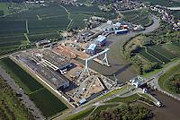 Sietas Werft: EUROPA, DEUTSCHLAND, HAMBURG, CRANZ, (EUROPE, GERMANY), 28.09.2014: An der suedwestlichen Peripherie der Freien und Hansestadt Hamburg liegt die Schiffswerft J. J. Sietas an der Muendung der Este, die in die Elbe, die Hauptverkehrsader Hamburgs, fliesst. Im Sommer 1635, also vor dreieinhalb Jahrhunderten, wurde die Sietas-Werft mitten im Obstbaugebiet des Alten Landes an der Este gegruendet.