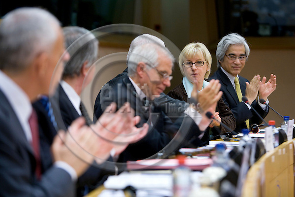 BRUSSELS - BELGIUM - 12 FEBRUARY 2009 -- EU Commissioner Margot WALLSTRÖM participates a conference on Policy Coherence for Development and Migration in The European Parliament. The last four persons from left is MEP Josep Borrell FONTELLES, President of the Parliament Hans-Gert PÖTTERING, the commissioner and Deputy Secretary-General for OECD Mario AMANO.   Photo: Erik Luntang/EUP-IMAGES