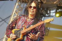 SAO PAULO, SP, 28.07.2018 – SHOW SP - O guitarrista Pepeu Gomes na quarta edição do festival BB Seguros de Blues e Jazz acontece em São Paulo, na tarde deste sábado (28) no Parque Villa-Lobos, zona oeste da capital. (Foto: Danilo Fernandes/Brazil Photo Press)