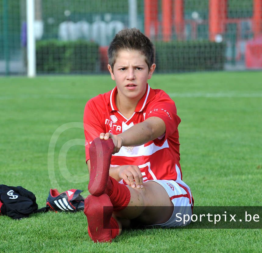 Supercup seizoen 2011 - 2012 ; Kampioen Standard Femina tegen Bekerwinnaar Waasland Beveren Sinaai Girls : Celine Verdonck.foto DAVID CATRY / Vrouwenteam.be