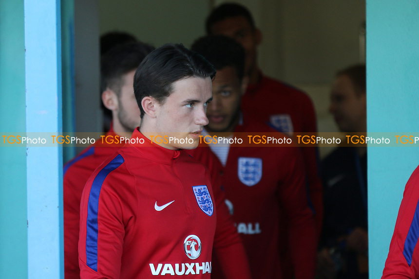 Ben Chilwell leaves the England dressing room and heads to the pitch for the pre-match warm up during England Under-20 vs Guinea Under-20, 2016 Toulon Tournament Football at Stade de Lattre on 23rd May 2016