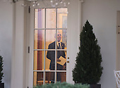 United States President Barack Obama is seen in the Oval Office for the last time as President, in Washington, D.C. on January 20, 2017. Later today President-Elect Donald Trump will be sworn-in as the 45th President.    <br /> Credit: Kevin Dietsch / Pool via CNP