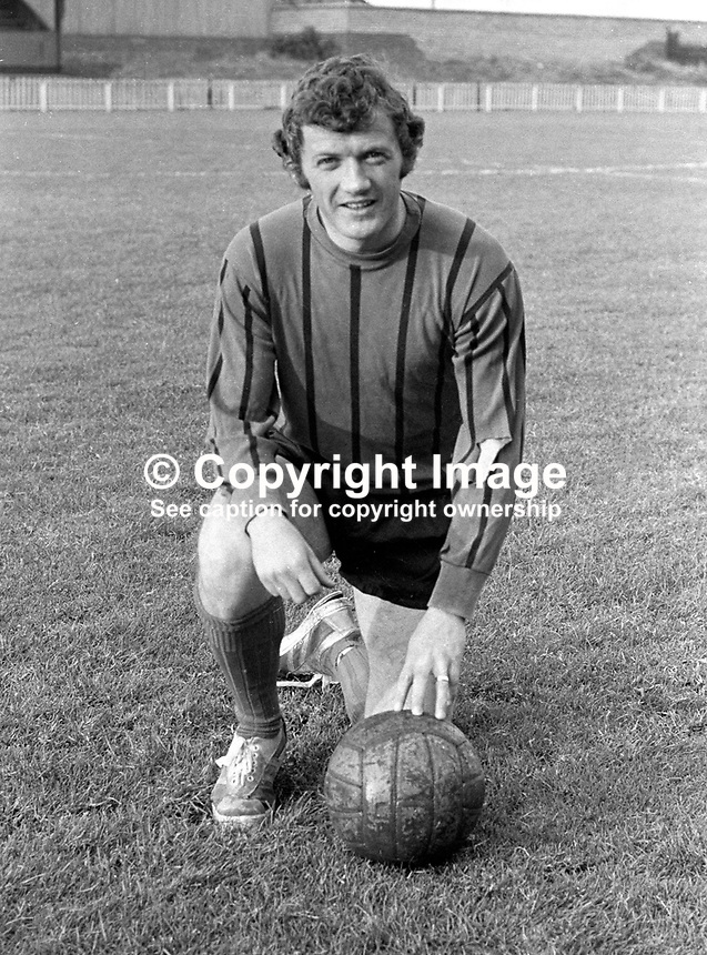 Jackie Fullerton, Crusaders FC, Belfast, N Ireland, UK. Following his footballing career he became a sports broadcaster and commentator with the BBC in Belfast. 197209000551..Copyright Image from Victor Patterson, 54 Dorchester Park, Belfast, UK, BT9 6RJ..Tel: +44 28 9066 1296.Mob: +44 7802 353836.Voicemail +44 20 8816 7153.Skype: victorpattersonbelfast.Email: victorpatterson@mac.com.Email: victorpatterson@ireland.com (back-up)..IMPORTANT: If you wish to use this image or any other of my images please go to www.victorpatterson.com and click on the Terms & Conditions. Then contact me by email or phone with the reference number(s) of the image(s) concerned.