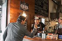 SÃO PAULO, SP, 18.12.2014 - LANÇAMENTO DA REVITALIZAÇÃO DO MERCADO DE PINHEIROS - O prefeito de São Paulo Fernando Haddad participa da assinatura do termo de intenção para revitalização do mercado de Pinheiros, em parceria com o instituto ATA, na tarde desta quinta - feira (18), na zona oeste de São Paulo. (Foto: Taba Benedicto/ Brazil Photo Press)