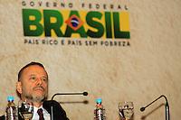 RIO DE JANEIRO, RJ, 03 MAIO 2012 - ENCONTRO BRASIL X AFRICA - O presidente do BNDES Luciano Coutinho, durante o seminário sobre cooperação do Brasil com a África, que marcou o início da comemoração dos 60 anos do BNDES, no Rio de Janeiro, nesta quinta-feira - FOTO: GUTO MAIA - BRAZIL PHOTO PRESS.