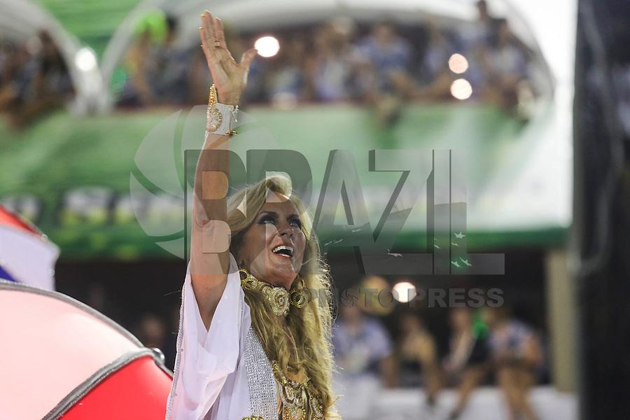 RIO DE JANEIRO, RJ, 11 FEVEREIRO 2013 - CARNAVAL RJ - UNIAO DA ILHA - Helo Pinheiro durante desfile da escola de samba Uniao da Ilha  durante desfile no primeiro dia do Grupo Especial no Sambódromo Sapucai nna capital fluminense, na madrugada desta segunda 11. (FOTO: VANESSA CARVALHO - BRAZIL PHOTO PRESS).