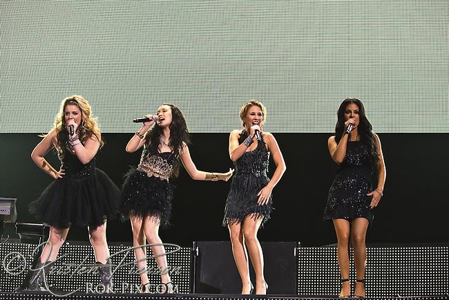 American Idols Live Tour performs at Mohegan Sun Arena on September 3, 2011