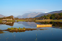 Irland, County Kerry, bei Killarney, Killarney National Park: Morgenstimmung am Upper Lake mit Macgillycuddy's Reeks | Ireland, County Kerry, near Killarney, Killarney National Park: Upper Lake and Macgillycuddy's Reeks