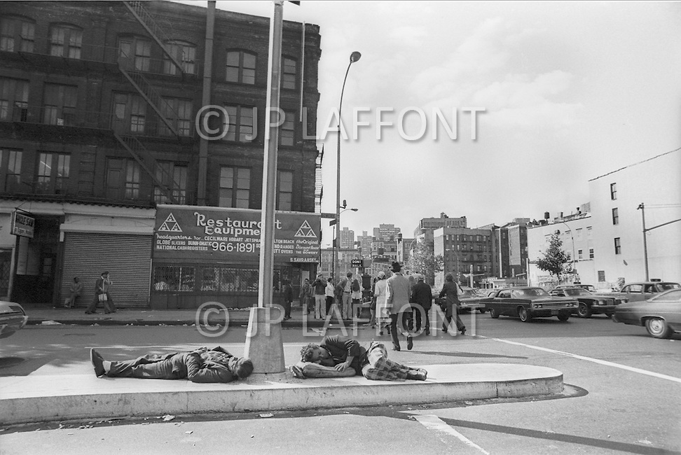 New York City, October 1975. Bowery Street. Economic depression in NYC.