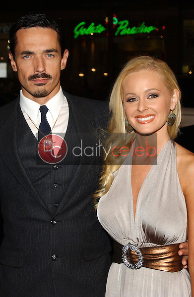 Jeff Cullen and Katie Lohmann<br />at the premiere of &quot;Blood Diamond&quot;. Grauman's Chinese Theatre, Hollywood, CA. 12-06-06<br />Dave Edwards/DailyCeleb.com 818-249-4998