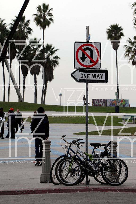 SANTA MONICA-ESTADOS UNIDOS. Ocean Avenue de Santa Monica son unos de los atractivos turisticos de esta ciudad del condado de Los Angeles.  Photo: VizzorImage