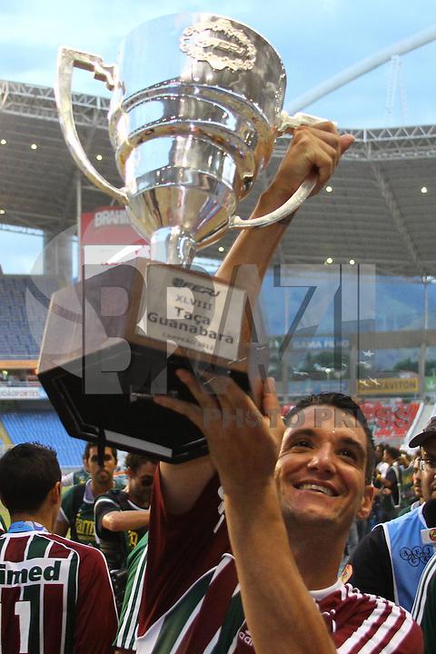 RIO DE JANEIRO, RJ, 26 DE FEVEREIRO 2012 - CAMPEONATO CARIOCA - FINAL - TACA GUANABARA - VASCO X FLUMINENSE - Thiago Neves, jogador do Fluminense, comemora o título, após vitória por 3x1 sobre o Vasco, pela final da Taca Guanabara, no estadio Engenhao, na cidade do Rio de Janeiro, neste domingo, 26. FOTO: BRUNO TURANO – BRAZIL PHOTO PRESS