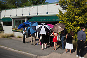 Patrons wait in line for a chance to dine at Magnolia Grill for the last time before it closes for good, Durham, N.C., May 31, 2012.