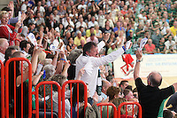 Handball - Relegationsspiel zum Aufstieg in die 2. Bundesliga - SC DHfK Leipzig spielt zu Hause in der Ernst-Grube-Halle gegen Dessau-Rosslauer HV..Im Bild: Jubel bei den DHfK Fans .Foto: Christian Nitsche.Jegliche kommerzielle Nutzung ist honorar- und mehrwertsteuerpflichtig! Persönlichkeitsrechte sind zu wahren. Es wird keine Haftung übernommen bei Verletzung von Rechten Dritter. Autoren-Nennung gem. §13 UrhGes. wird verlangt. Weitergabe an Dritte nur nach vorheriger Absprache.