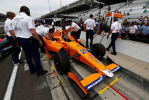 Verizon IndyCar Series<br /> Indianapolis 500 Practice<br /> Indianapolis Motor Speedway, Indianapolis, IN USA<br /> Wednesday 17 May 2017<br /> Fernando Alonso, McLaren-Honda-Andretti Honda<br /> World Copyright: Phillip Abbott<br /> LAT Images<br /> ref: Digital Image abbott_indyP_0517_14097