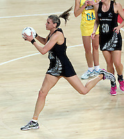 19.09.2013 Silver Ferns Leana de Bruin in action during the Silver Ferns V Australian Diamonds New World Netball Series played at Vector Arena in Auckland. Mandatory Photo Credit ©Michael Bradley.