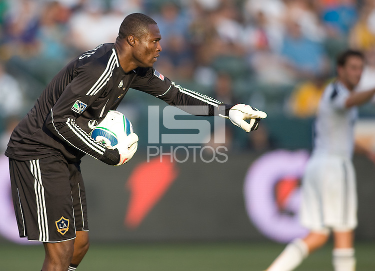 LA Galaxy goalkeeper Donovan Ricketts (1) points to his teammate where to go. The LA Galaxy defeated the Houston Dynamo 4-1 at Home Depot Center stadium in Carson, California on Saturday evening June 5, 2010..