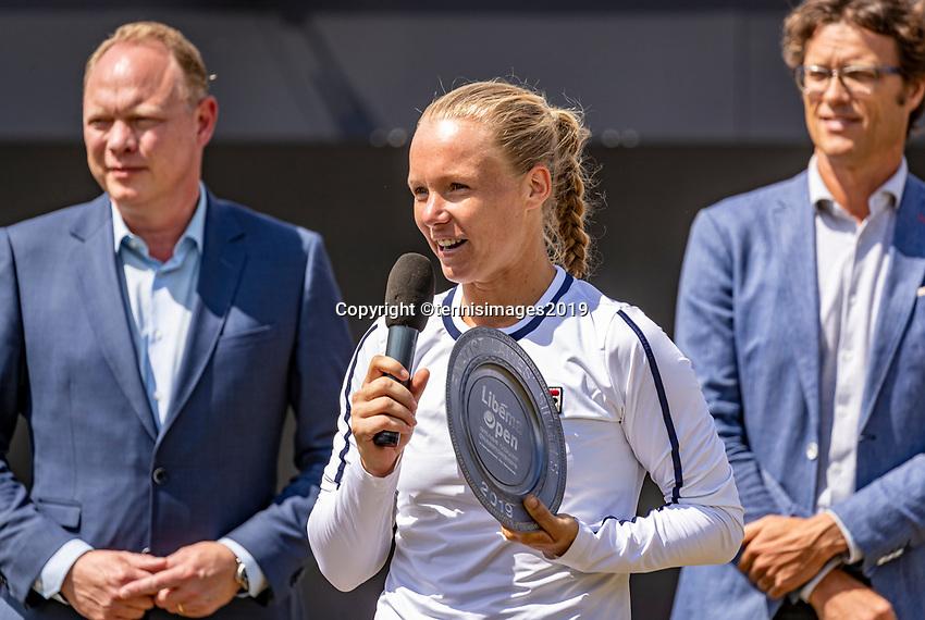 Rosmalen, Netherlands, 16 June, 2019, Tennis, Libema Open, Kiki Bertens (NED) adresses the crowd<br /> Photo: Henk Koster/tennisimages.com