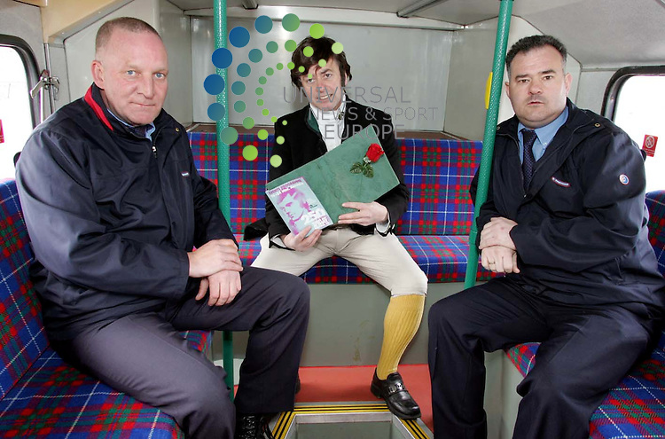 Burns impersonator Donald Kay delivers renditions of poems to Stagecoach bus drivers as the 2009 Burns An' A' That festival line-up is revealed. <br /> Picture: Universal News and Sport 6/4/09 <br />  With bus drivers Kevin Lyle &amp; Robert Ward.