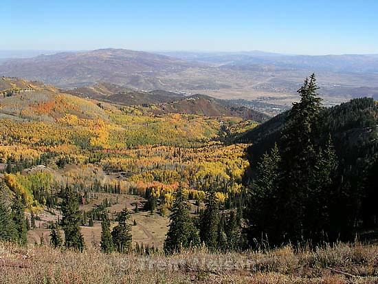 Views of lakes, trees on Wasatch Crest mountain bike trail<br />