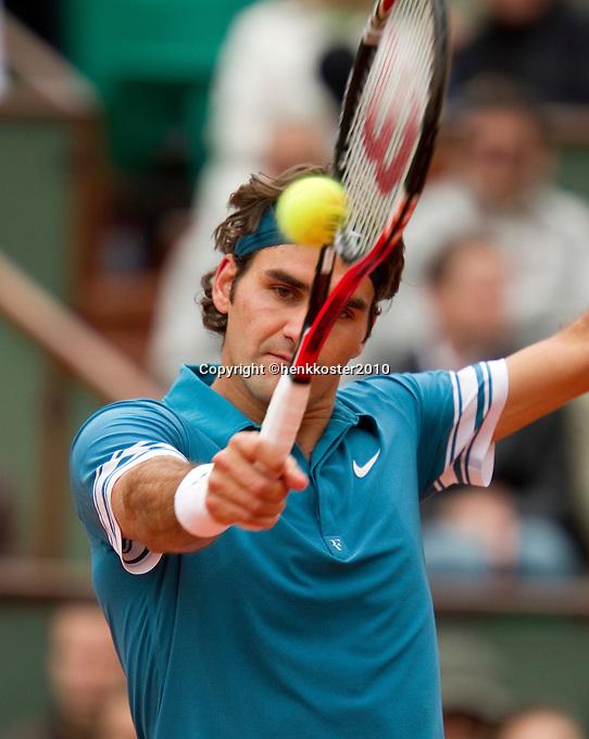 30-05-10, Tennis, France, Paris, Roland Garros,  Roger Federer